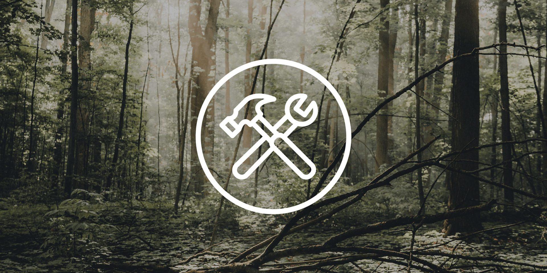 Wald mit Baustellen-Icon
